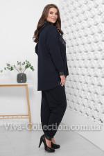 Модный стильный прогулочный костюм женский